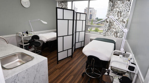 Interior or our eyelash extension salon in Toronto