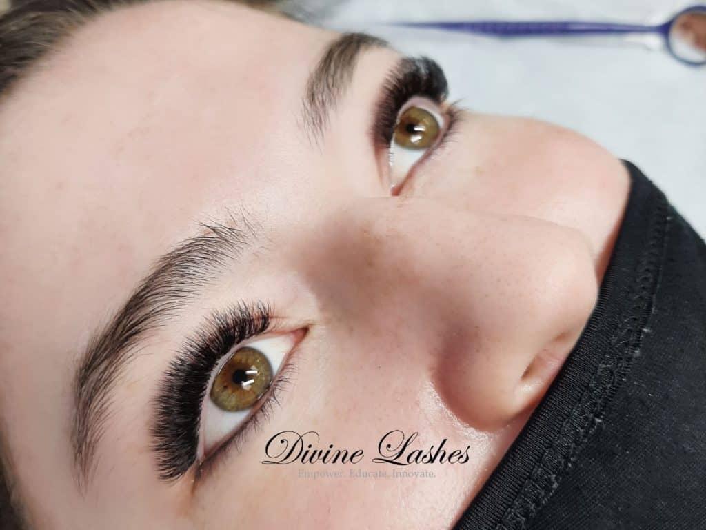 Eyelash extension full set by Divine Lashes