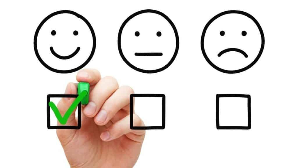 Client satisfaction survey. Happy client checkmark.