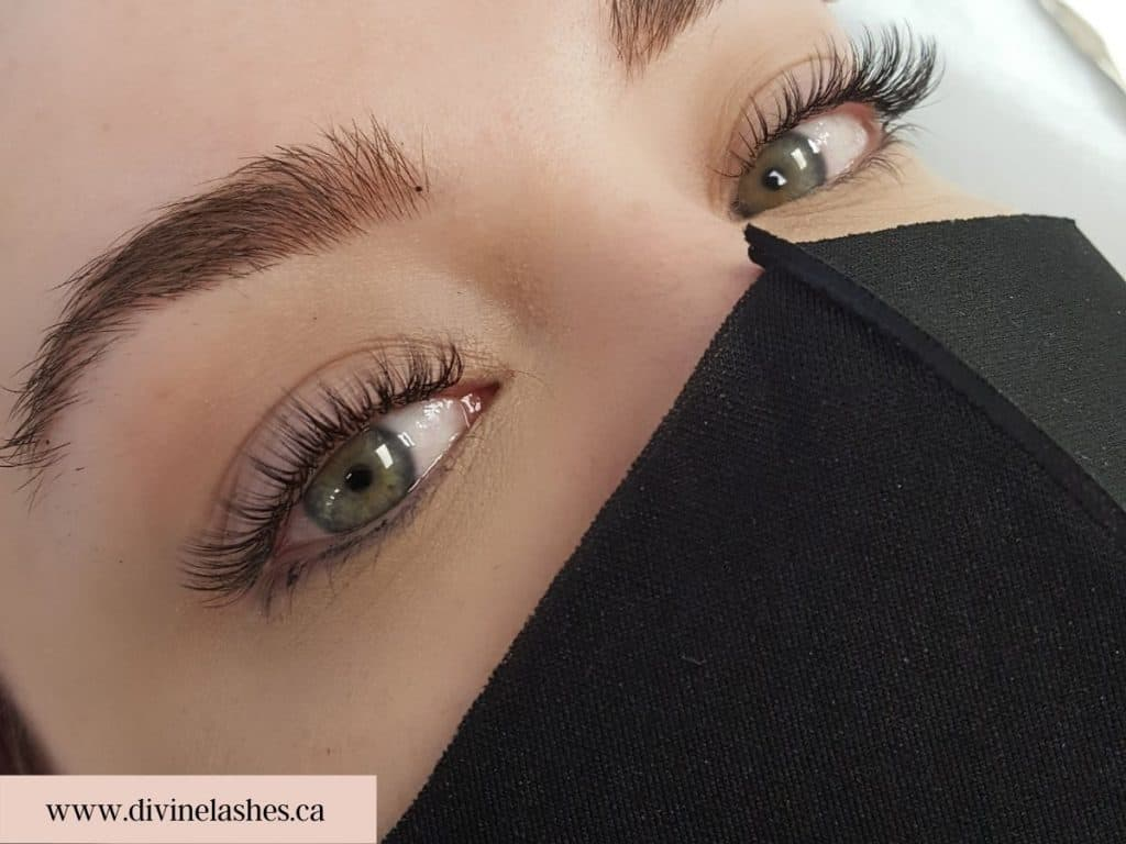 Woman with a natural eyelash extension style